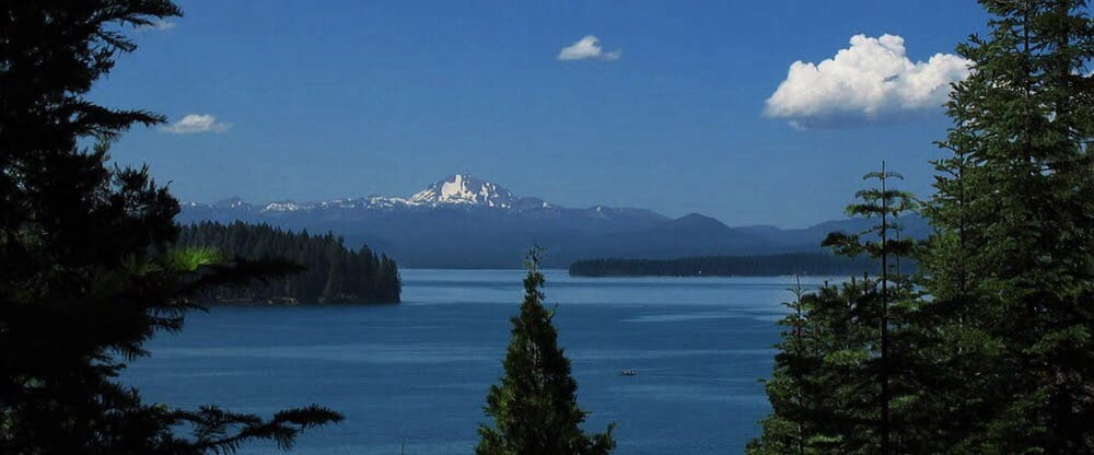 Lake Almanor Kayak Rentals: 29529 Hwy 89, Canyondam, CA