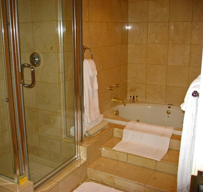 Presidential Suite - shower and tub - Visalia Marriott Hotel - Yelp