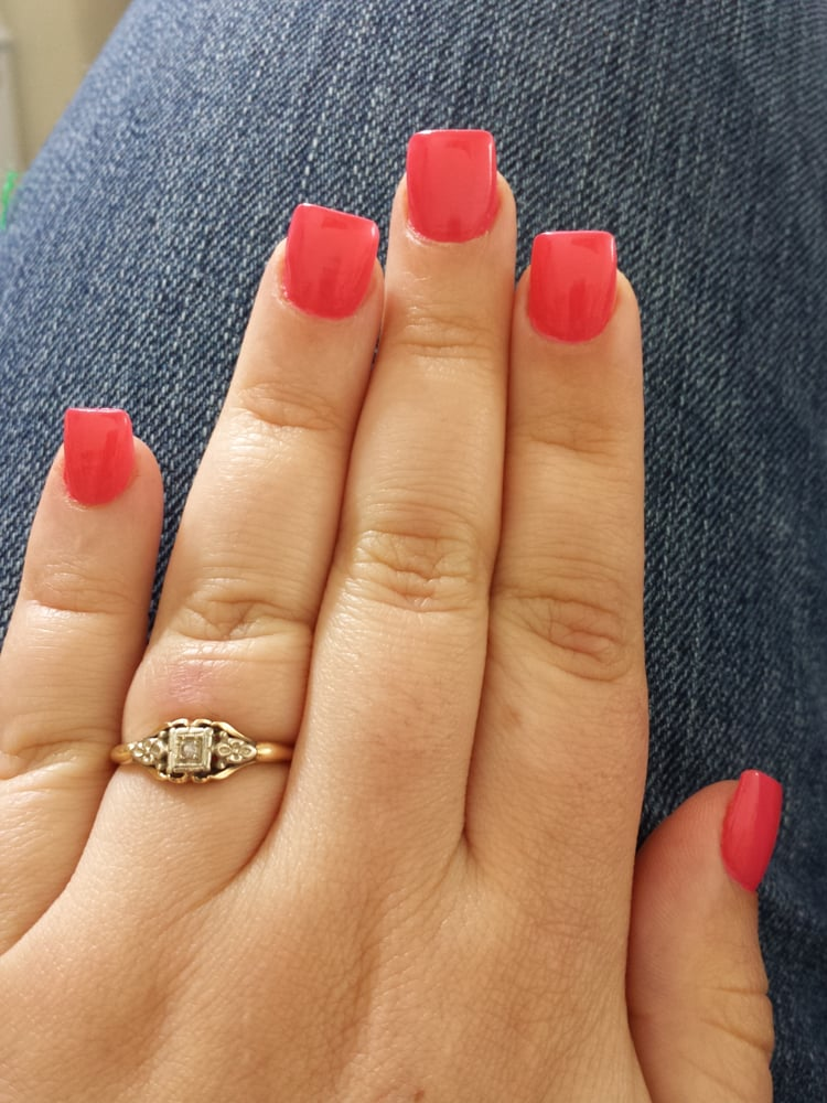 Selective Nails+Salon - CLOSED - 10 Photos - Nail Salons - 4033 ...