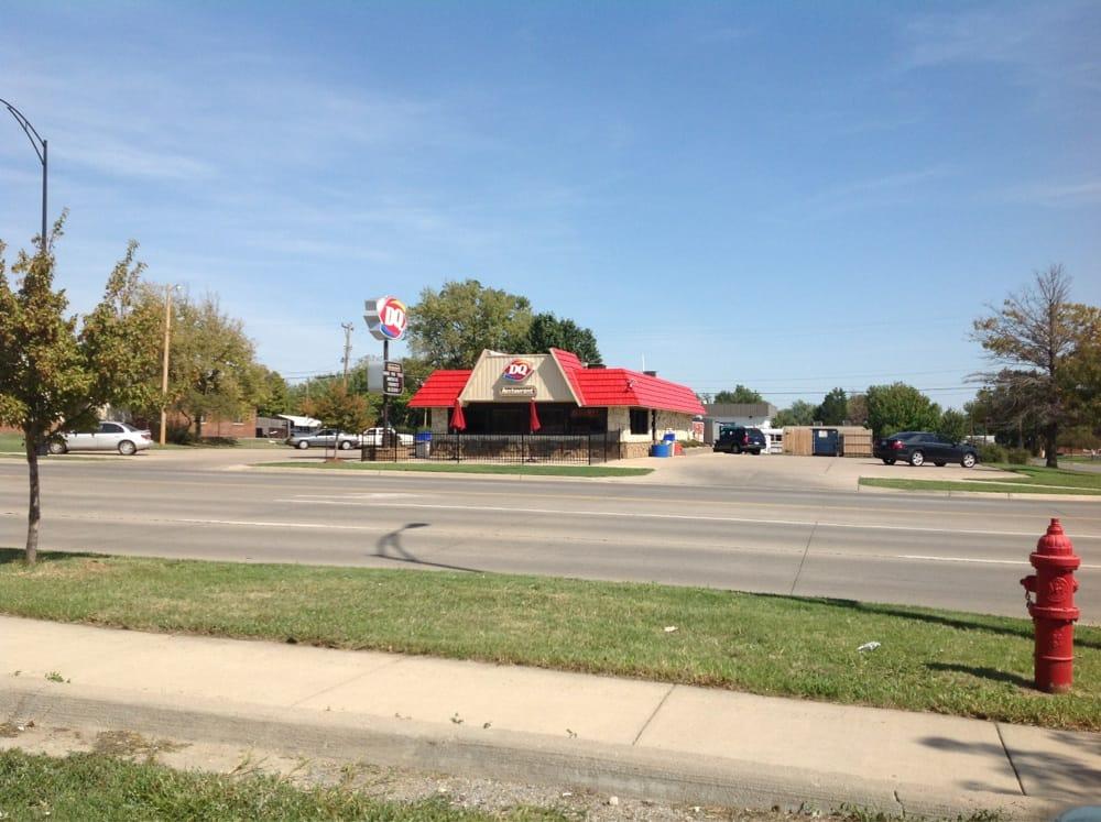 Dairy Queen: 314 N Baltimore Ave, Derby, KS