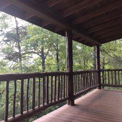 Lonesome dove log cabins