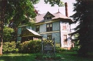 Amherst Inn: 257 Main St, Amherst, MA