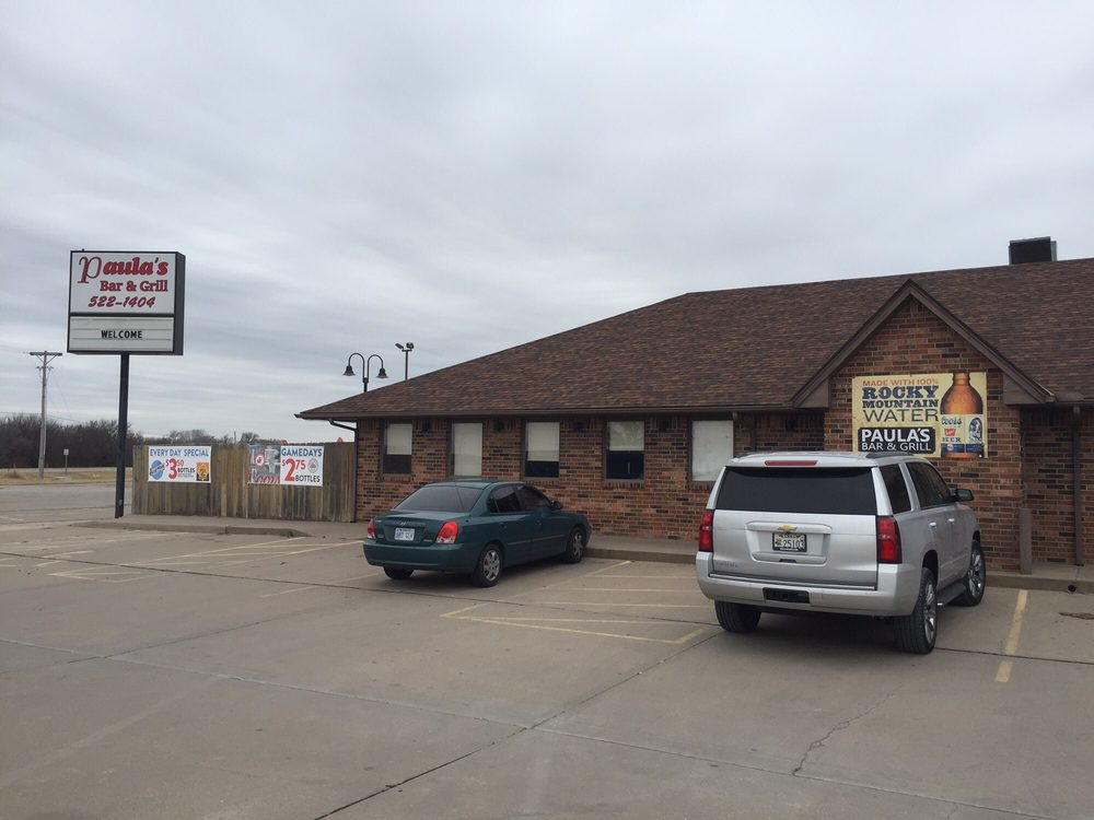 Paula's Bar & Grill: 10510 W K42 Hwy, Wichita, KS