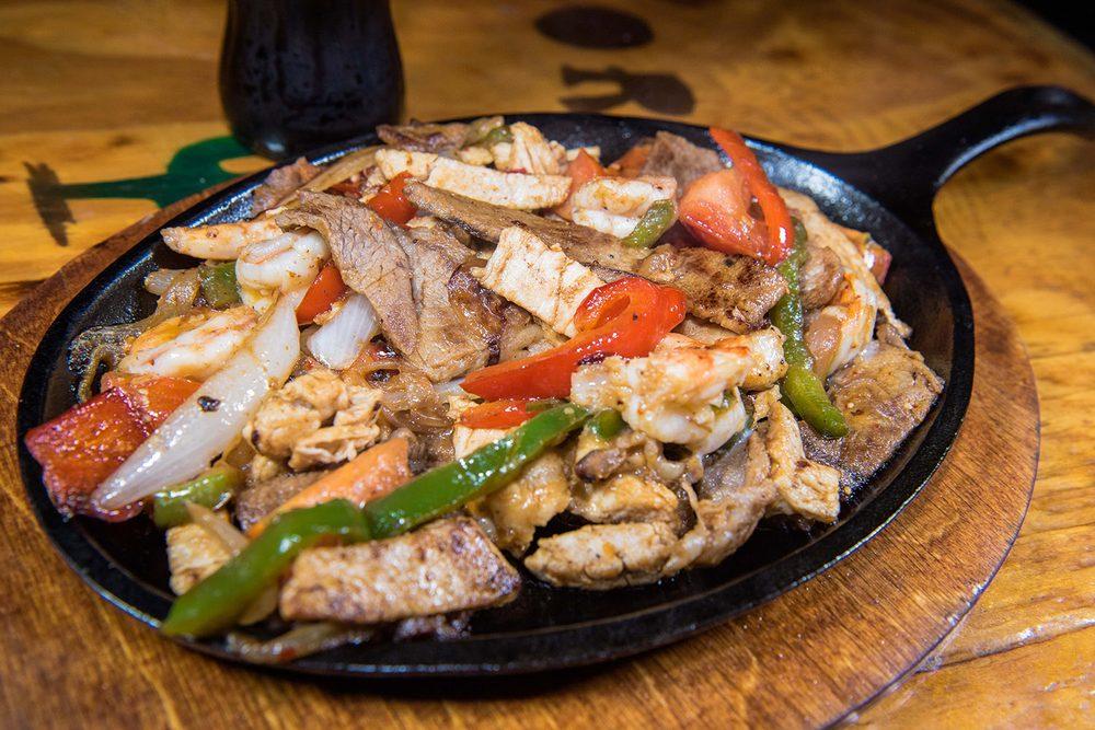 Los Reyes Market and Restaurant: 69 Main St, Collinsville, AL