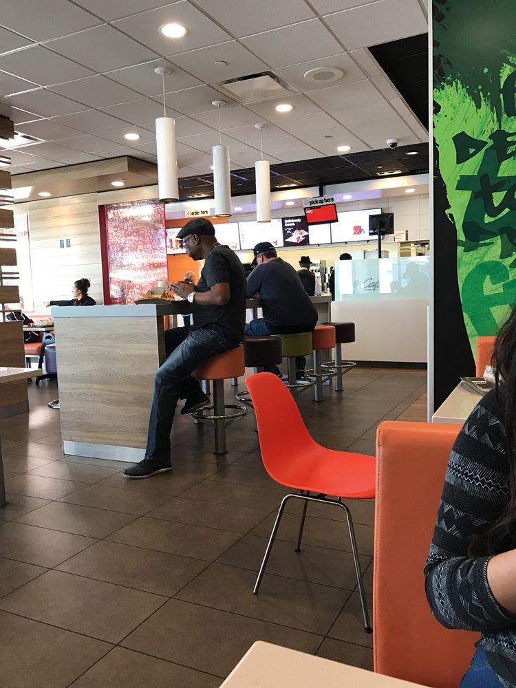 mcdonalds 44 photos 63 avis fast food 5908 w manchester ave westchester los angeles. Black Bedroom Furniture Sets. Home Design Ideas