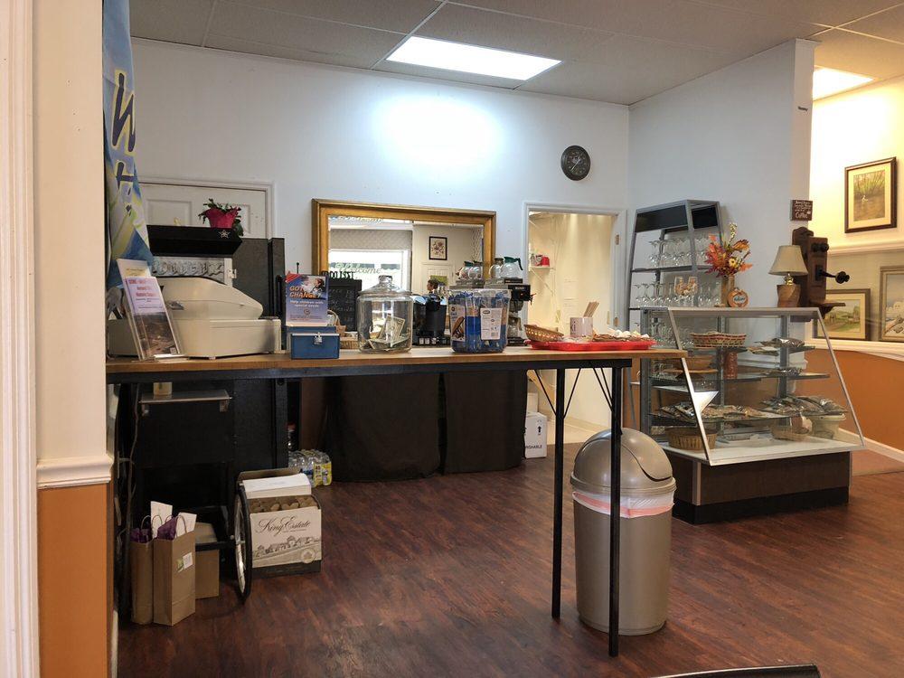 Corner Coffee & Wine Shop: 66 Church St, Hayesville, NC