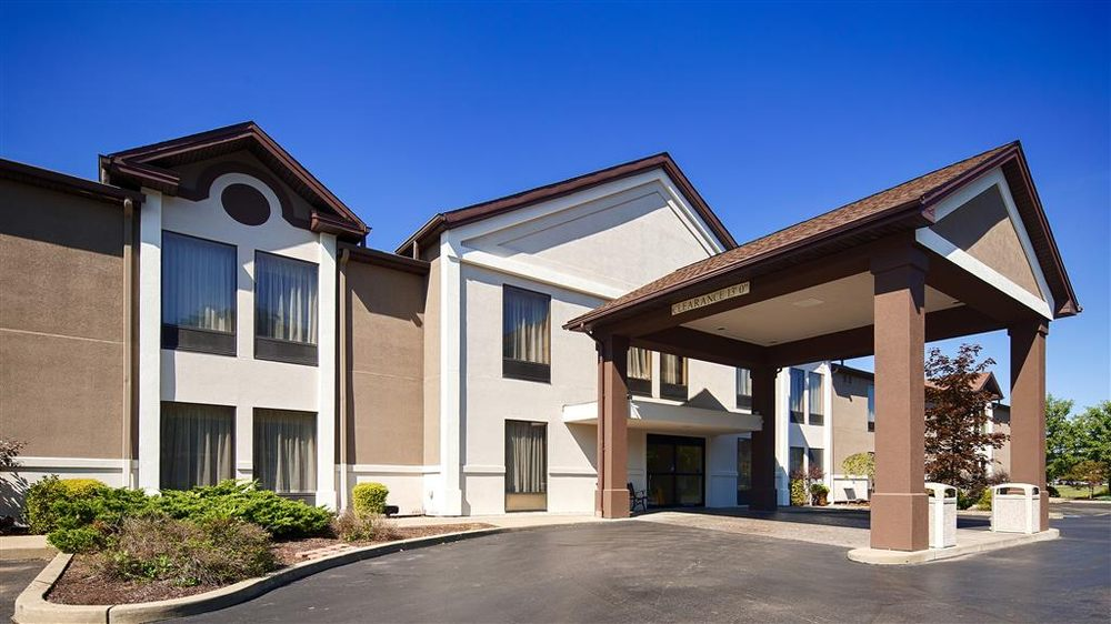 Best Western Plus University Inn: 3051 W State St, Olean, NY