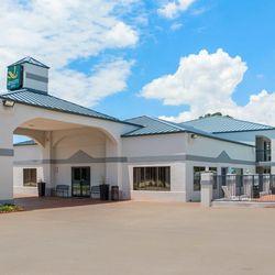 Carthage tx hotels