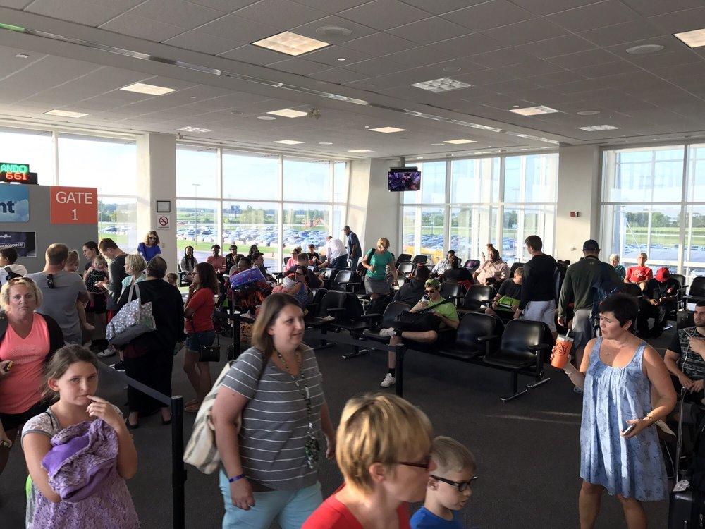MidAmerica St Louis Airport: 9656 Air Terminal Dr, Mascoutah, IL