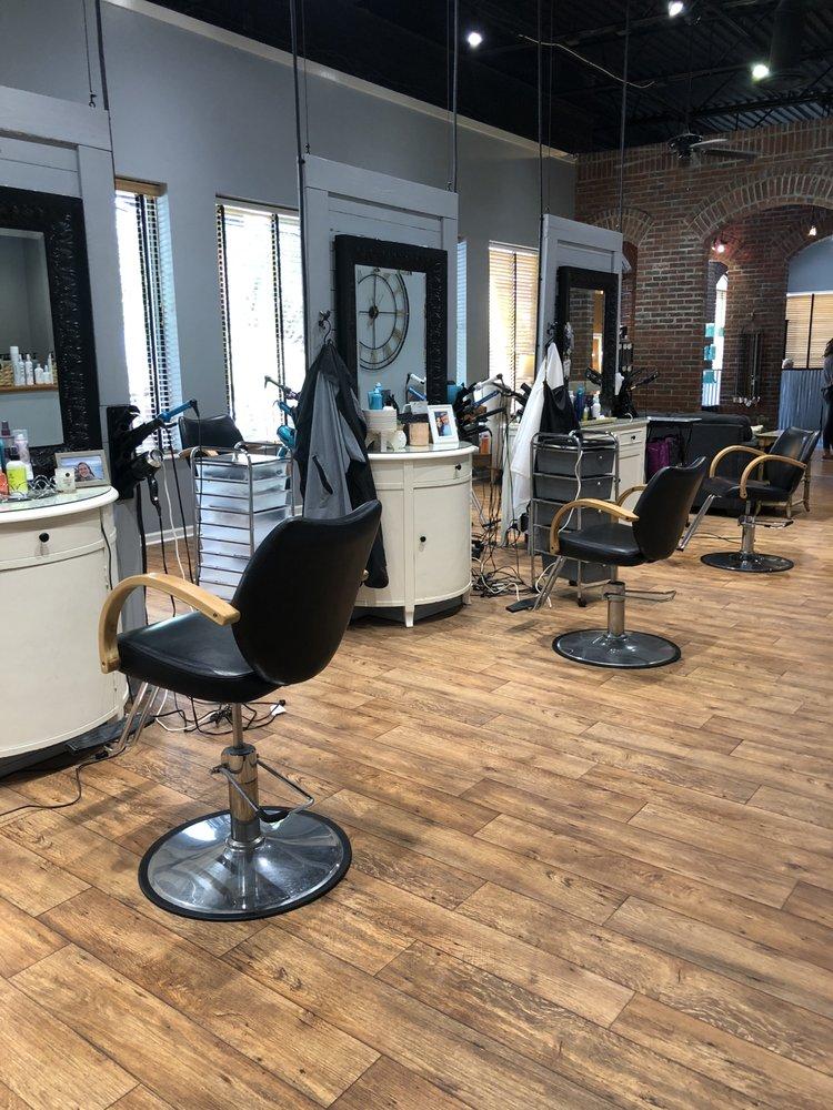 Utopia Salon & Spa: 4581 Forsyth Rd, Macon, GA