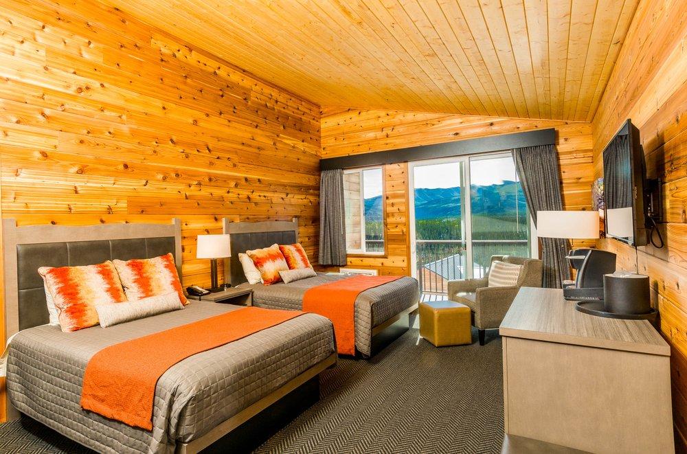 Denali Bluffs Hotel: 238 Park Hwy, Denali National Park, AK