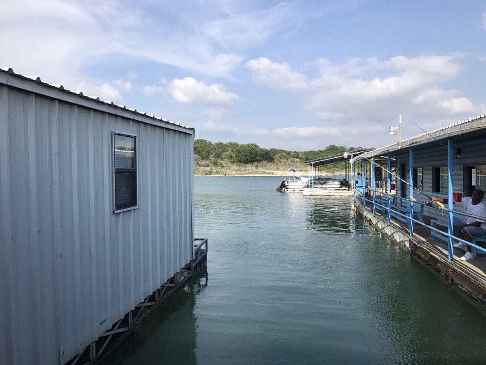 Stillhouse Hollow Marina: 4596 Simmons Rd, Belton, TX