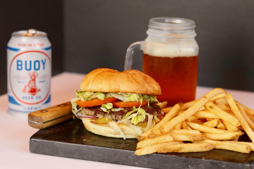 Tommy's All American Burger: 151 S Main St, Myrtle Creek, OR