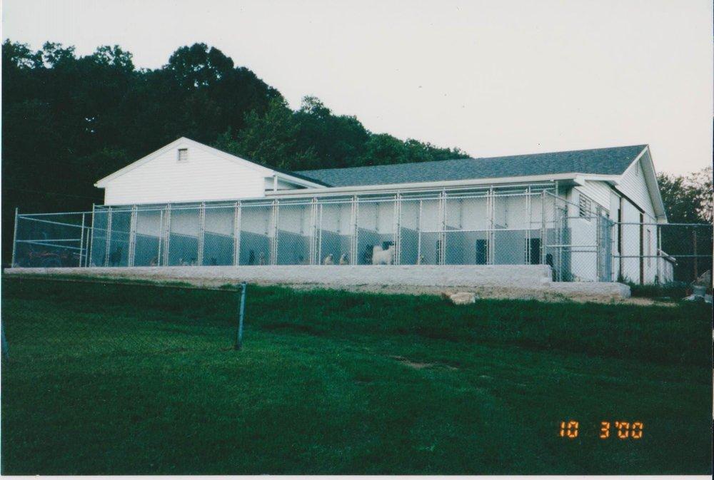 D & D Kennels: 416 Hartz Rd, Fleetwood, PA