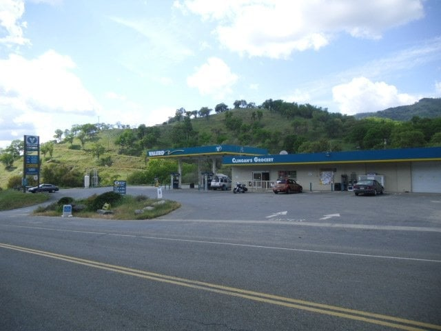 Clingan's Junction Grocery