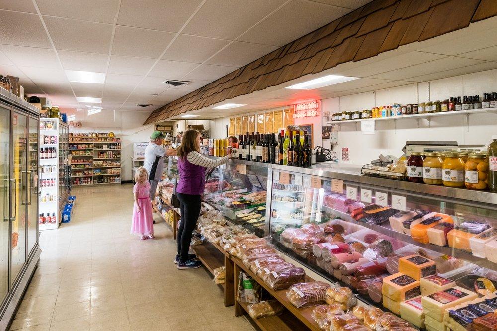 Langen Meats & Wines: 5855 Cheviot Rd, Cincinnati, OH
