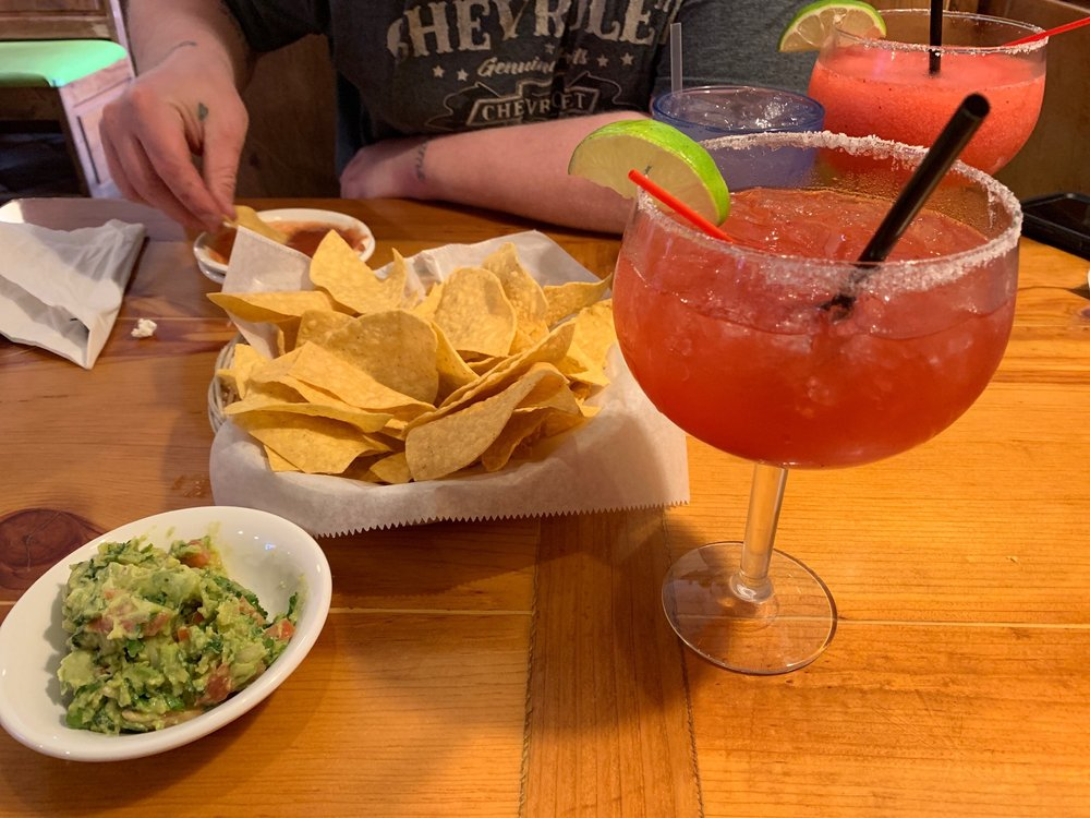 Chile Verde Mexican Grill: 7369 N Shadeland Ave, Indianapolis, IN