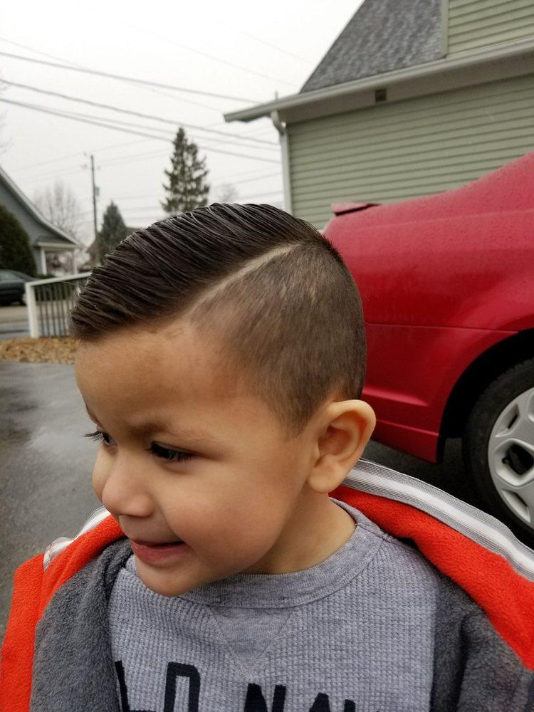 Erics Barber Shop Hair Salon Make An Appointment Barbers