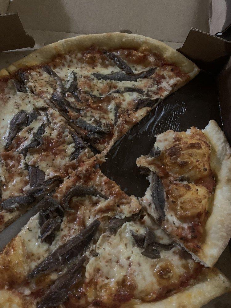 Carini's Pizza & Subs: 33 E Centre St, Mahanoy City, PA
