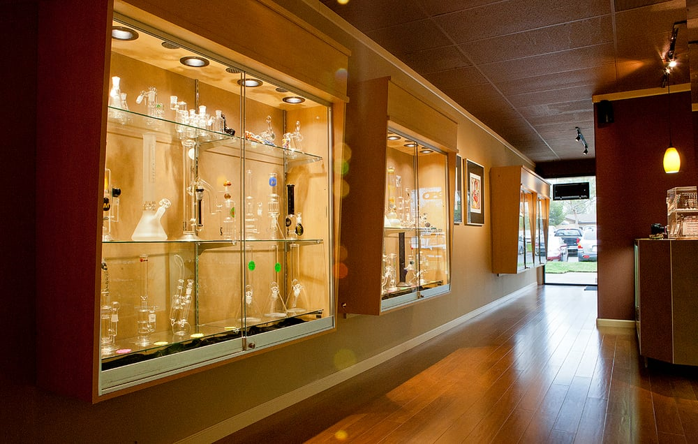 Fumare Smoke Shop & Fine Cigars