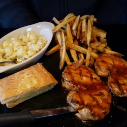 Maple City Taps Eatery