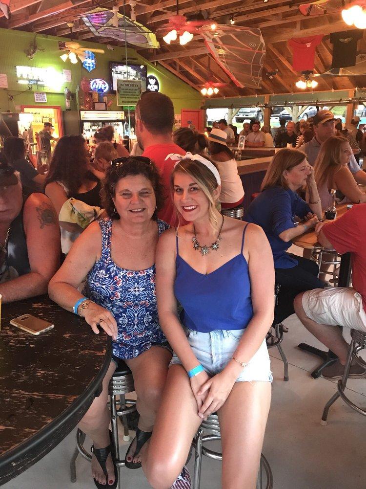 Sand Bar: 3295 Dogwood Ln, Hiawassee, GA