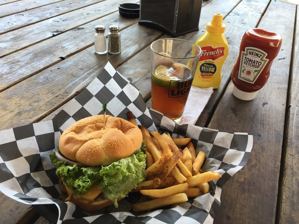 Stonehouse Tavern: 33071 Auberry Rd, Auberry, CA