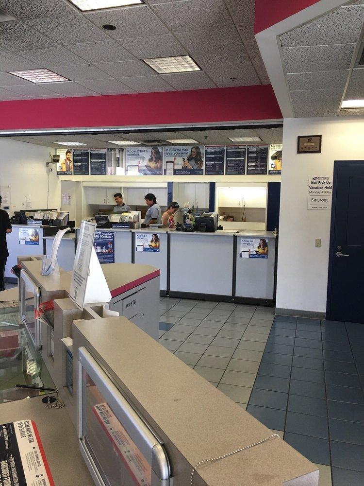 US Post Office: 5670 E Washington Blvd, Commerce, CA