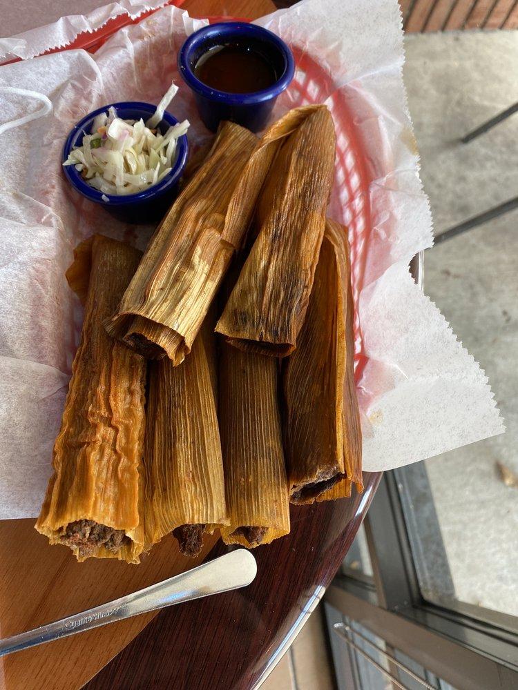 Delta Blues Hot Tamales: 3569 Pelham Pkwy, Pelham, AL