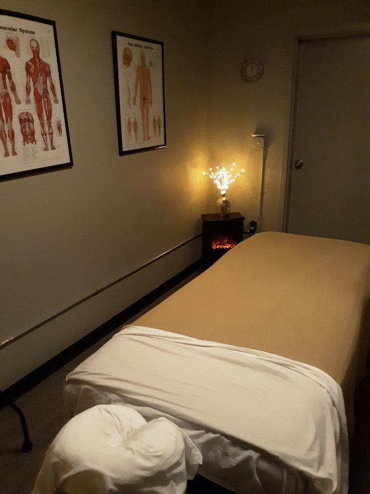 Crystals Massage: 515 Harrison Ave, Centralia, WA