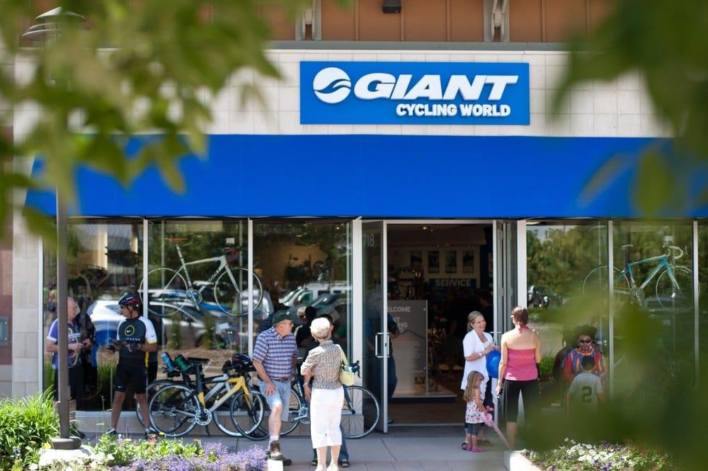 Giant Denver: 7301 S Santa Fe Dr, Littleton, CO