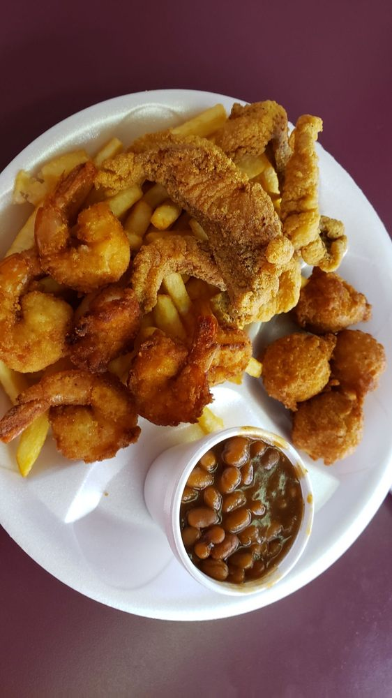 Poppa Jimmy's Catfish & More: 149 S Lake Ave, Pahokee, FL