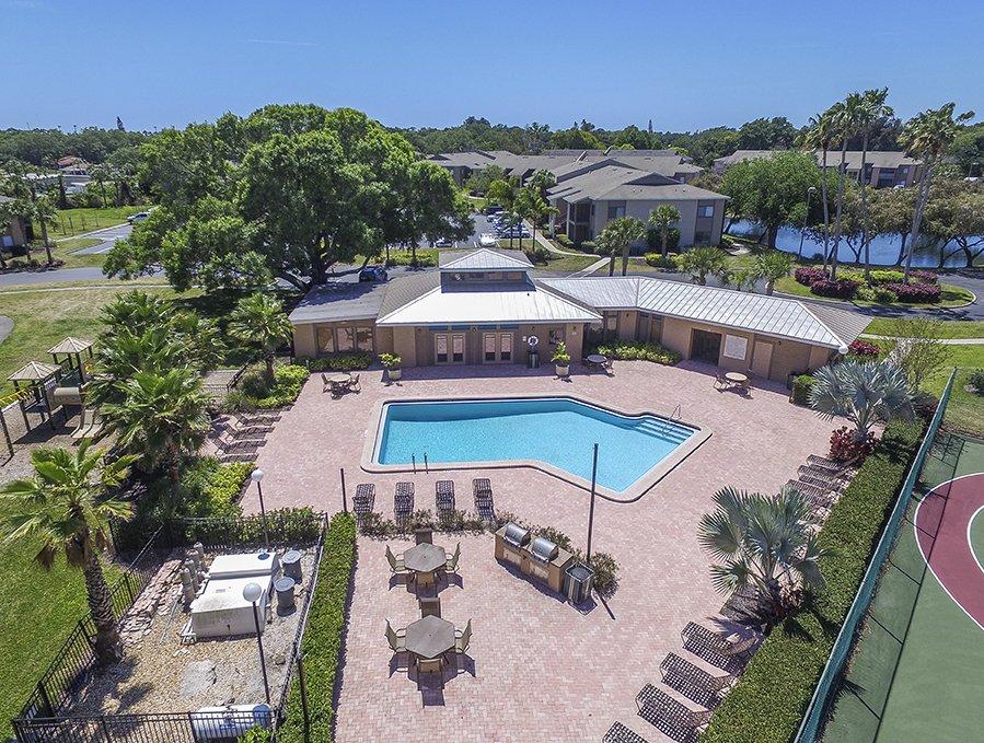 30 West Apartments: 2835 50th Avenue West, Bradenton, FL