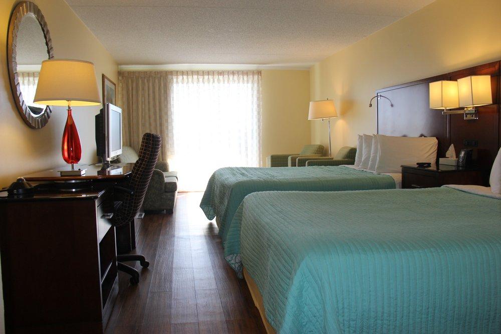 Seaside Inn: 1401 Coastal Hwy, Fenwick Island, DE