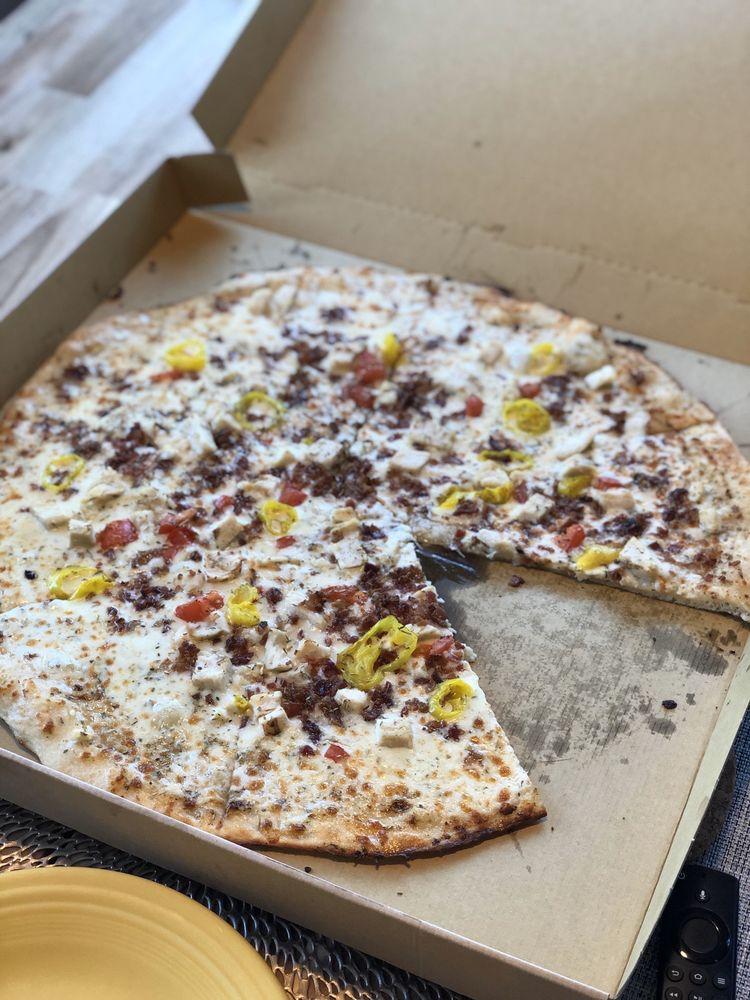 Cecil's Slice of Pies: 105 N Broadway St, Greensburg, IN