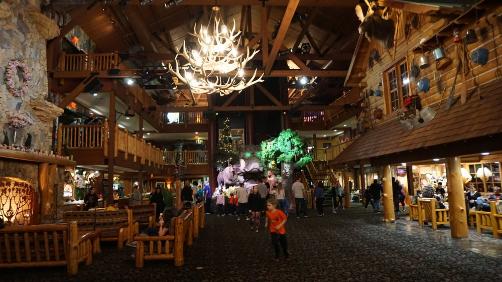 Social Spots from Great Wolf Lodge