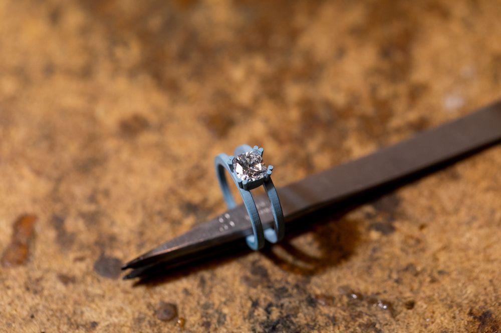 Elements Jewelry Studio: 1631 University Blvd W, Jacksonville, FL