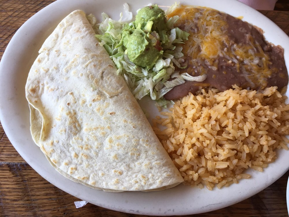 Cazadores Mexican Restaurant: 708 S Kerr Blvd, Sallisaw, OK