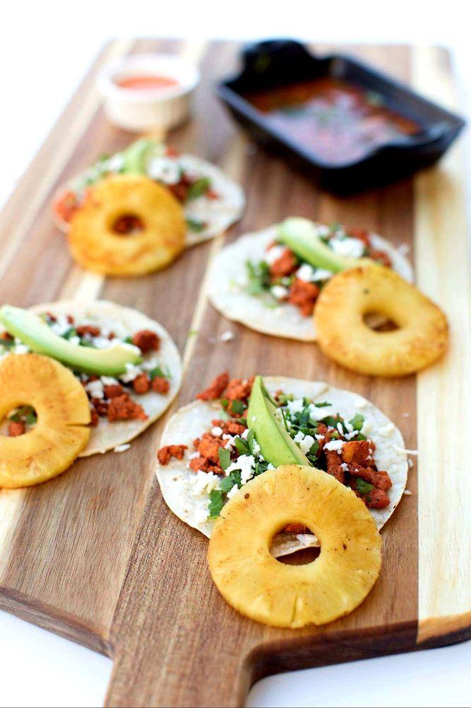 El Carnaval Mexican Restaurant: 2488 Hwy 50 E, Linn, MO