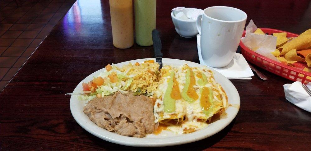 Route 35 Diner: 13437 Interstate 35 S, Von Ormy, TX