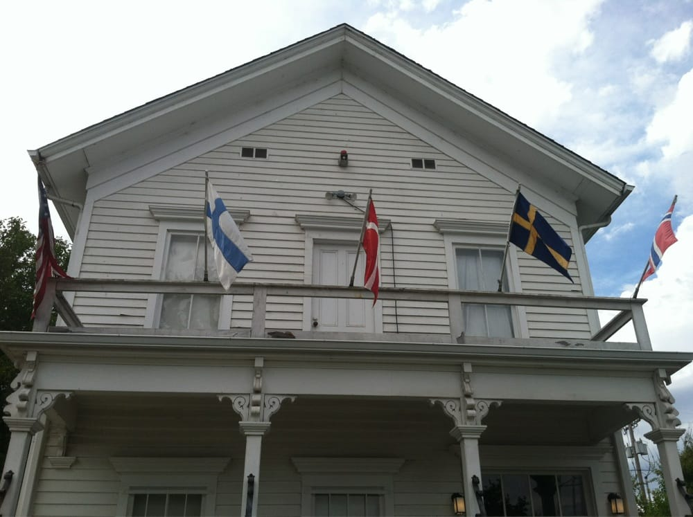 The Lee House Museum: 655 Holly St, Junction City, OR