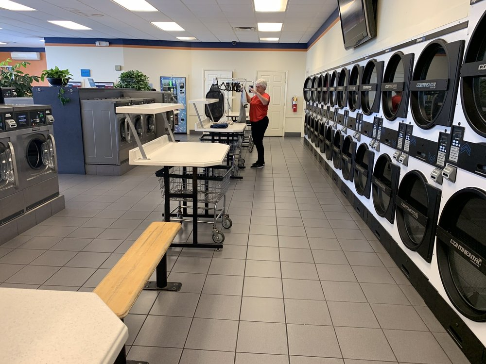 Willow Avenue Express Laundry Center: 502 N Willow Ave, Cookeville, TN