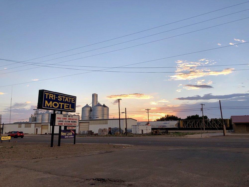 Tri State Motel: 1020 Liberal St, Dalhart, TX