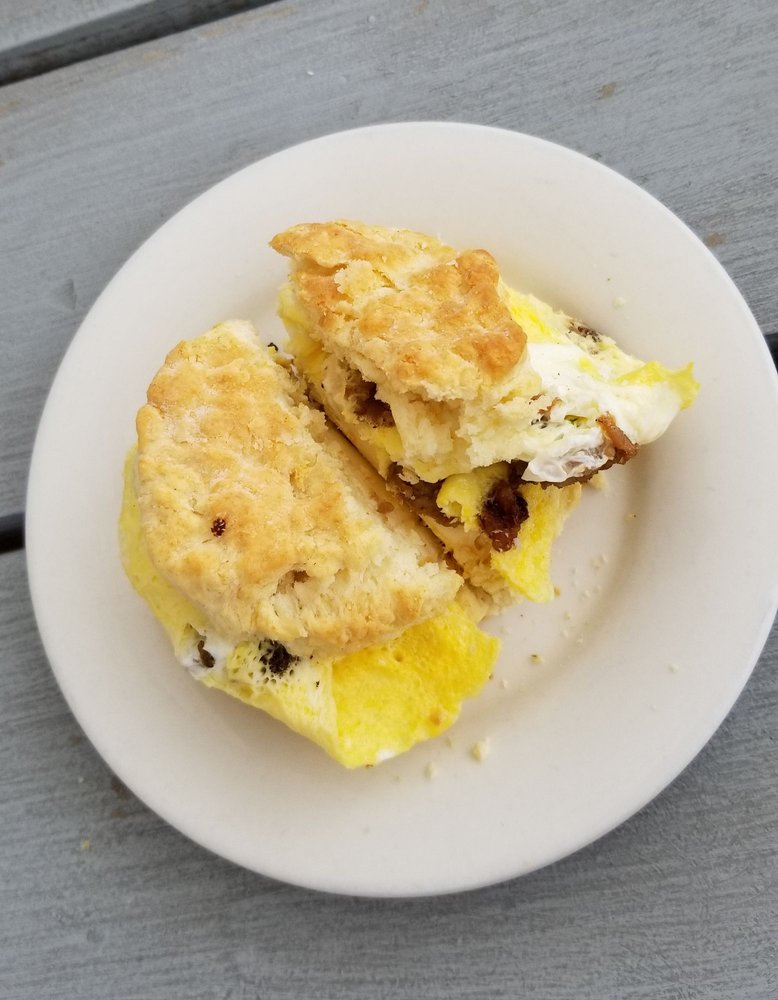 Me Oh My Pie: 3310 W County Rd 54G, Laporte, CO