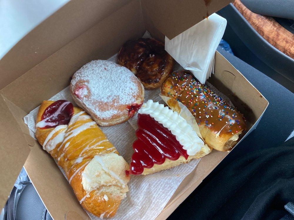 Delicias De Borinquen: 930 Blanding Blvd, Orange Park, FL