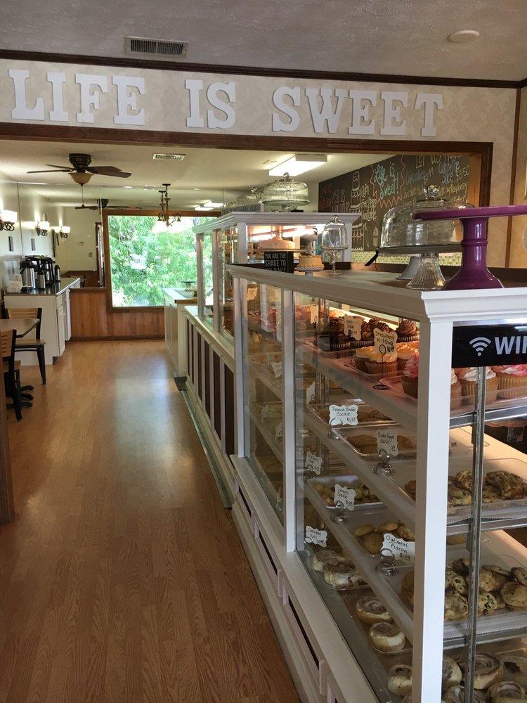 Life is Sweet Bakery: 1371 Hwy 17, Little River, SC
