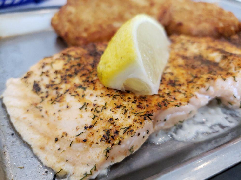 Lawrence's Fish & Shrimp: 908 E Roosevelt Rd, Lombard, IL