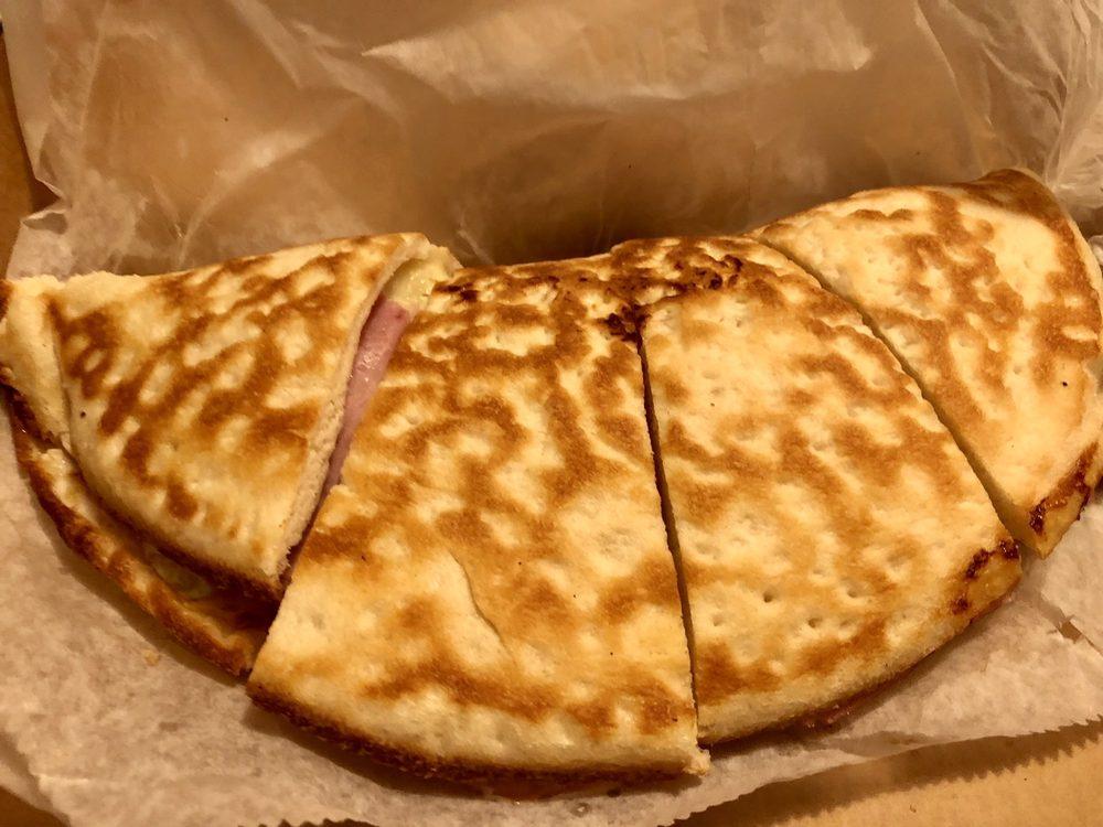 Gino's Pizza of Craigsville: 95 Craigsville Rd, Craigsville, WV