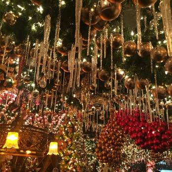 Inside New Yorks Most Festive Restaurant Business Insider Rolfs Nyc