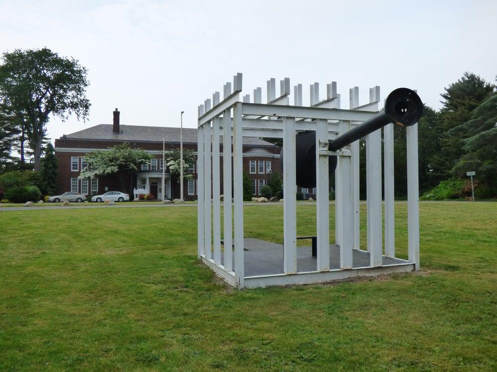 Holocaust Memorial & Tolerance Center of Nassau County: 100 Crescent Beach Rd, Glen Cove, NY